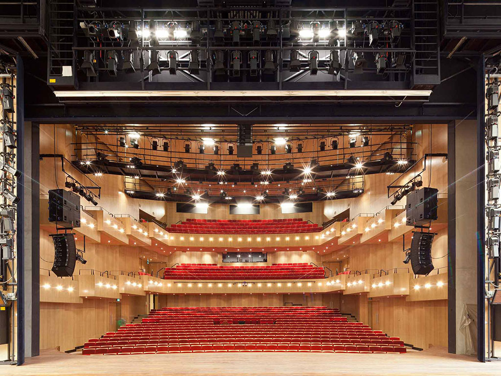 DNK_THEATERZAAL